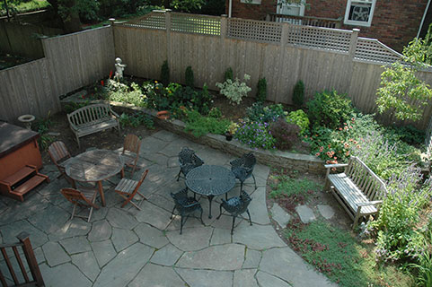 garden2_1.jpg