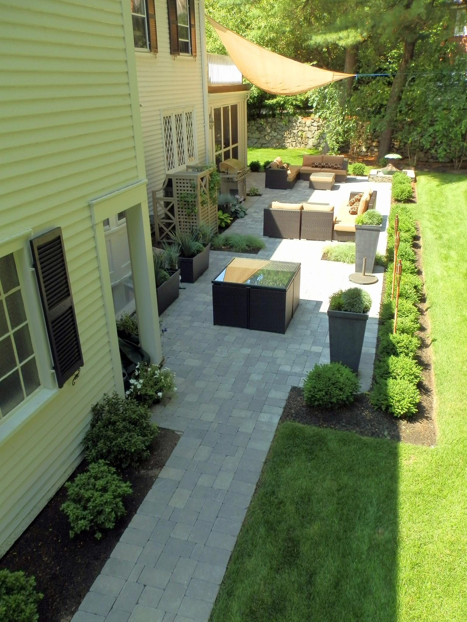elegant_backyard