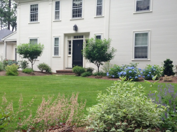 personalized front yard design