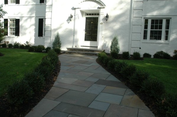 a front entrance bluestone walkway