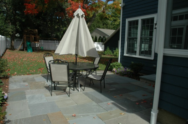 customized bluestone patio