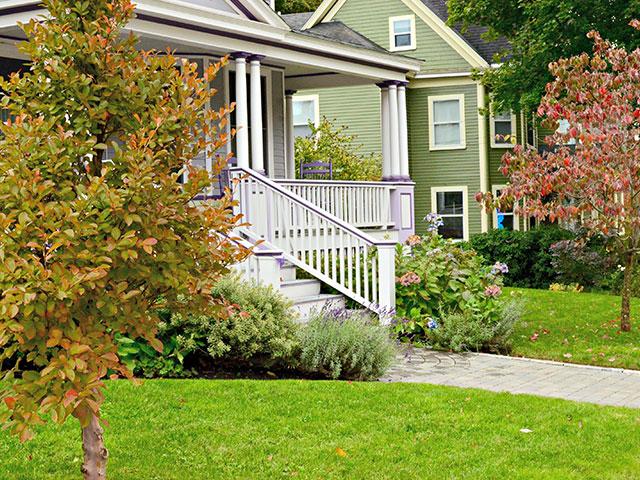 front-entry-garden-3.jpg