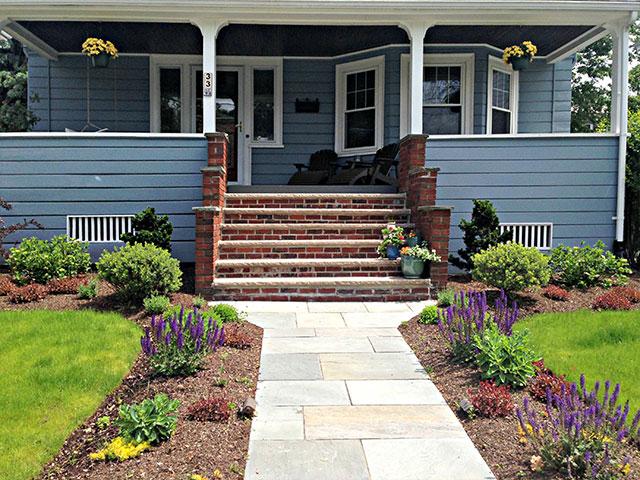 front-entry-garden-4.jpg